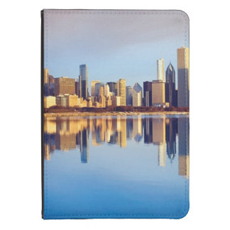 View of Chicago skyline with reflection Kindle Case