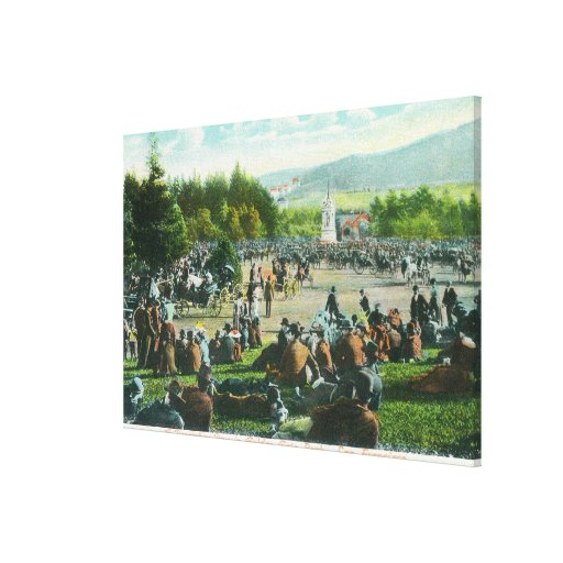View of Crowds at Golden Gate Park in December Canvas Print