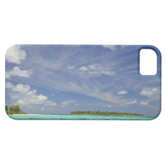 View of Funadoo Island from Funadovilligilli 3 iPhone 5 Cover