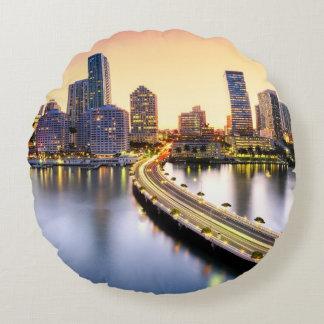 View of Mandarin Oriental Miami with reflection Round Pillow