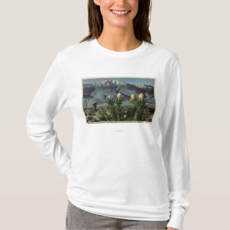 View of Mt. San Jacinto, Yucca Mohavensis T-Shirt