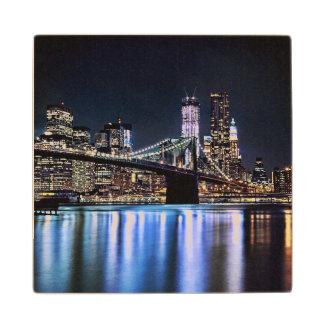 View of New York s Brooklyn bridge reflection Wood Coaster