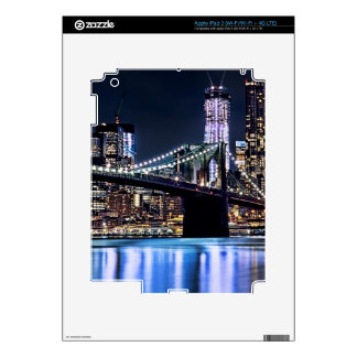 View of New York's Brooklyn bridge reflection iPad 3 Skins