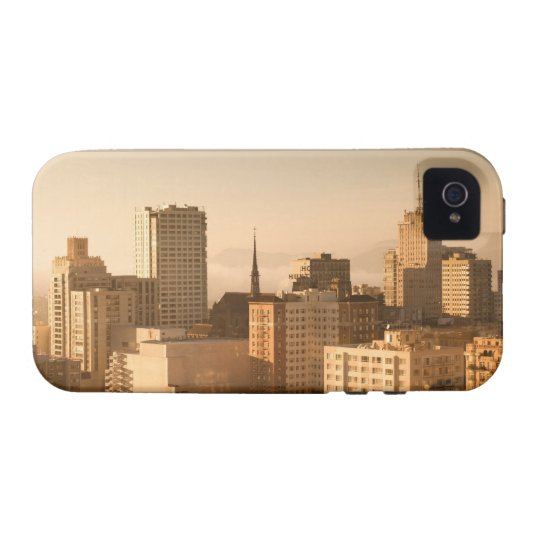 View of Nob Hill in San Francisco, with the fog Case-Mate iPhone 4 Cover