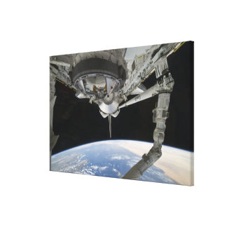 View of Space Shuttle Discovery Canvas Print