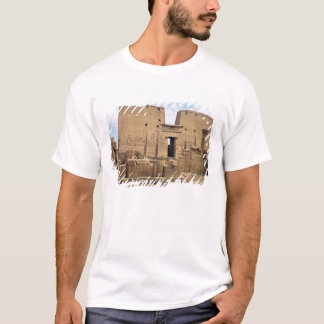 View of the first pylon of the Temple of Horus T-Shirt