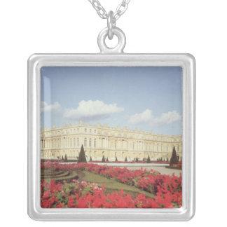 View of the garden facade square pendant necklace