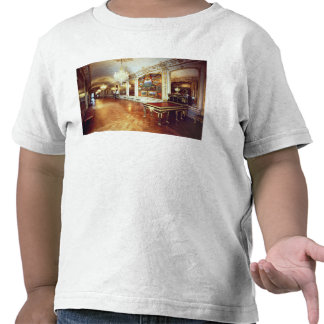 View of the Hall of Battles Tee Shirts