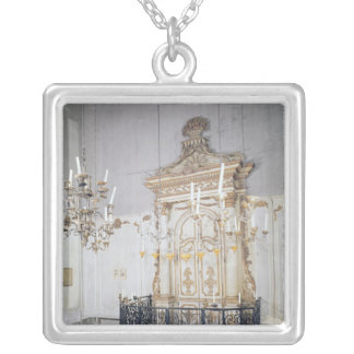 View of the interior of the Cavaillon Personalized Necklace