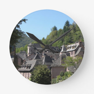 View of the medieval village (photo) round clock