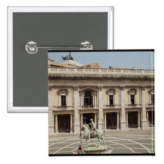 View of the Palazzo Nuovo Button