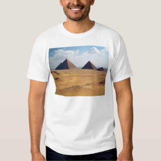 View of the Pyramids of Cheops T Shirt