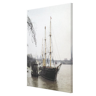 View of the River Thames with RRS Discovery Gallery Wrapped Canvas