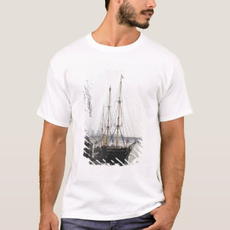 View of the River Thames with RRS Discovery T-Shirt