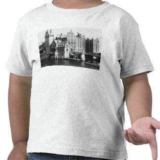 View of the Speicherstadt  Hamburg, c.1910 Tshirt