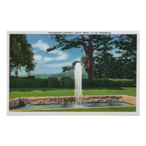 View of the Tanglewood Gardens and Fountain Posters