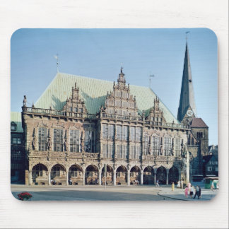 View of the Town Hall, built 1405-09 Mouse Pad