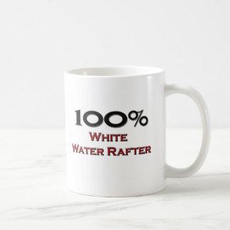 Viga del agua blanca del 100 por ciento tazas de café