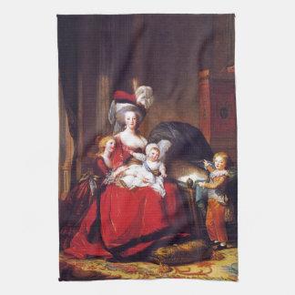 Vigée-Lebrun - Marie Antonieta y sus niños Toalla