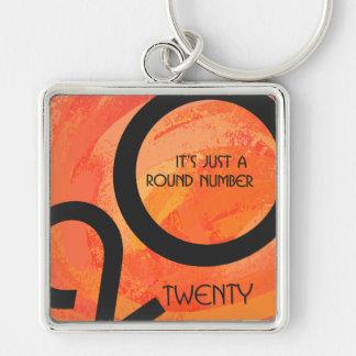 Vigésimo cumpleaños de la década anaranjada llavero cuadrado plateado