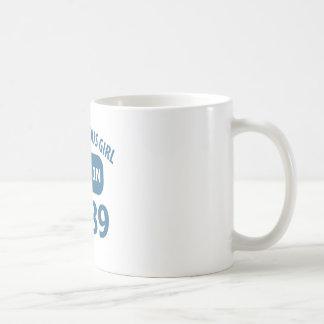 vigésimos sextos diseños del cumpleaños taza básica blanca