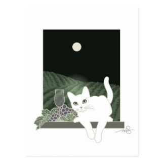 Vigne, Clair de Lune et Chat Blanc Postcard