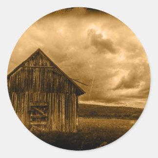 vIintage old barn in field Classic Round Sticker