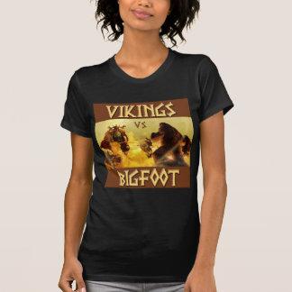 VIKINGS vs. BIGFOOT - Funny Fantasy Mashup T Shirt