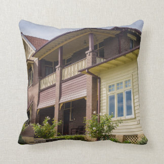 Villa Accommodation Pillow