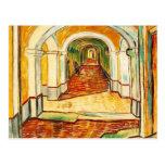 Vincent van Gogh - pasillo en el asilo Postales