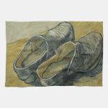 Vincent van Gogh - un par de estorbos de cuero Toalla De Mano
