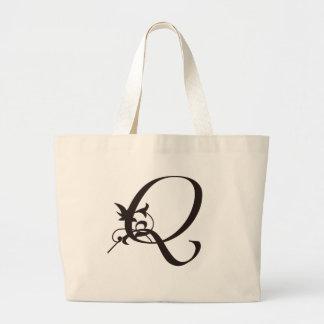 Vine Initial Q Jumbo Tote Bag
