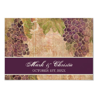 Viñedo envejecido de la uva que casa la tarjeta de invitaciones personalizada