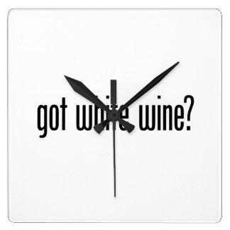 vino blanco conseguido reloj cuadrado