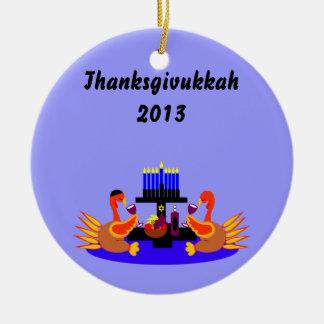 Vino de Thanksgivukkah que tuesta el ornamento de  Ornato