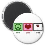 Vino del amor de la paz imán de nevera