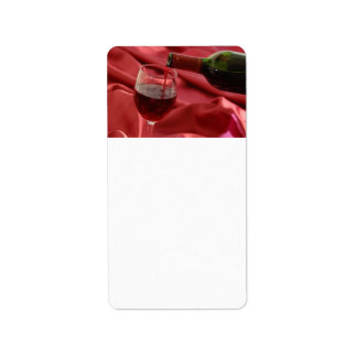 Vino rojo etiquetas de dirección