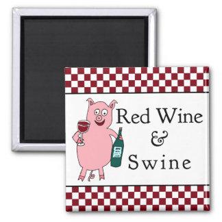 Vino rojo y cerdos imán cuadrado