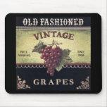 Vino viejo de las uvas del vintage de la moda, púr alfombrillas de raton