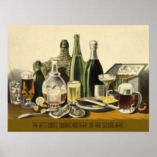Vinos, licores y poster de la cerveza