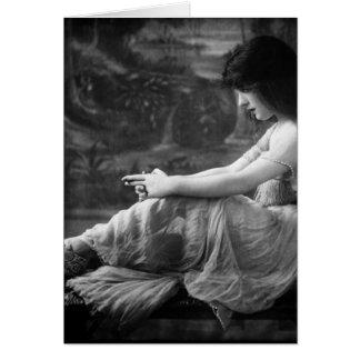Vintage 1913 Evelyn Nesbit Card