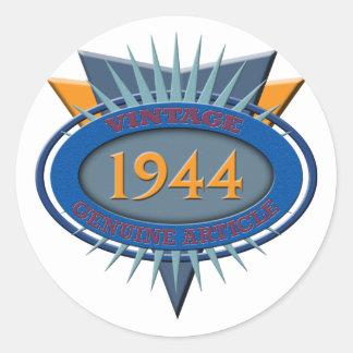 Vintage 1944 classic round sticker
