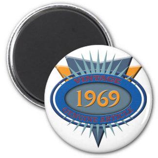 Vintage 1969 magnet