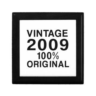 Vintage 2009 jewelry box