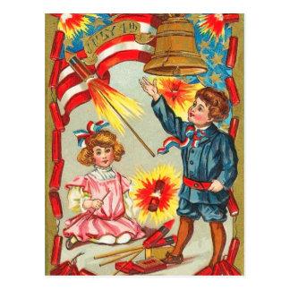 Vintage 4to de los fuegos artificiales de julio postal