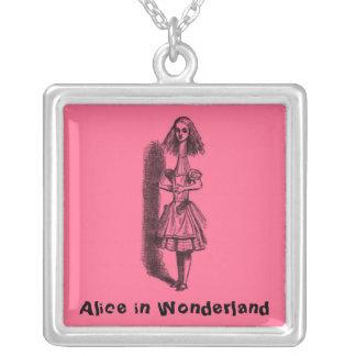Vintage Alicia en el país de las maravillas Pendiente Personalizado