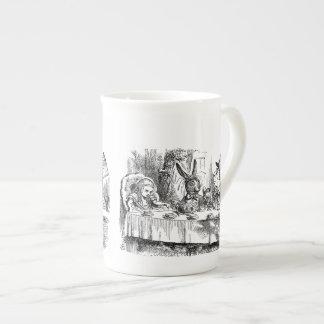 Vintage Alicia en fiesta del té enojada del sombre Taza De Porcelana