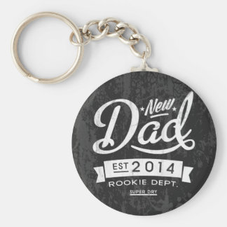 Vintage and Eye Catching New Dad 2014 Keychain