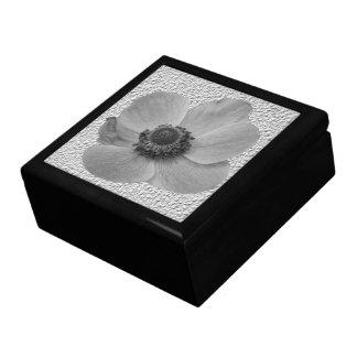 Vintage Anemone Gift Box