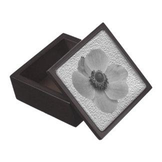 Vintage Anemone Premium Gift Box